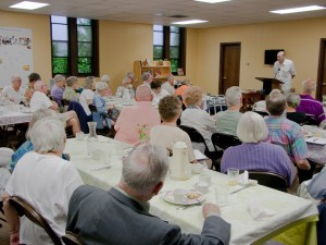 Rev. Philip Wheaton, an Episcopal priest and former director of the Ecumenical Program for Interamerican Communication and Action, at a Dialogue Breakfast in August 2010